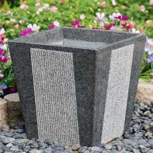 Naturstein Blumenkübel